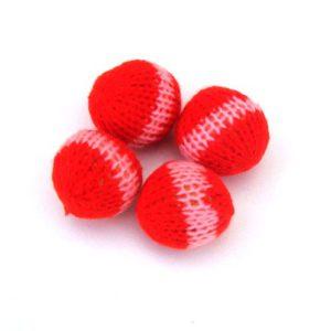 4 balles crochetées (muscades)