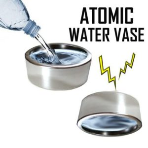 Atomic Water Vase – L'eau en suspension